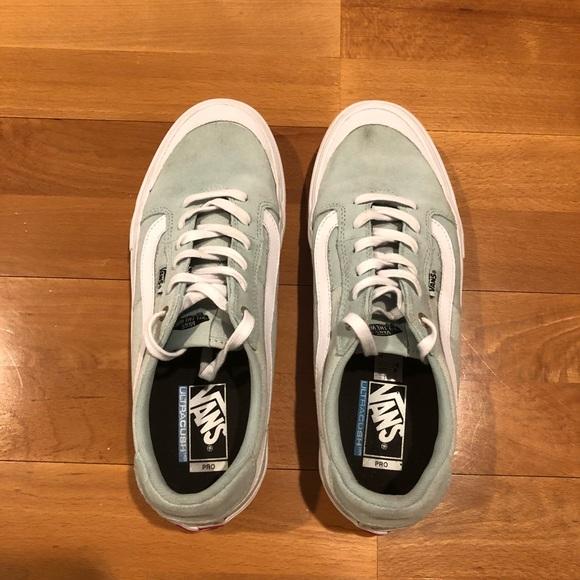 44a9458130 Vans Style 112 Pro Shoes - Harbor Gray White. M 5b72313374359b100725086e